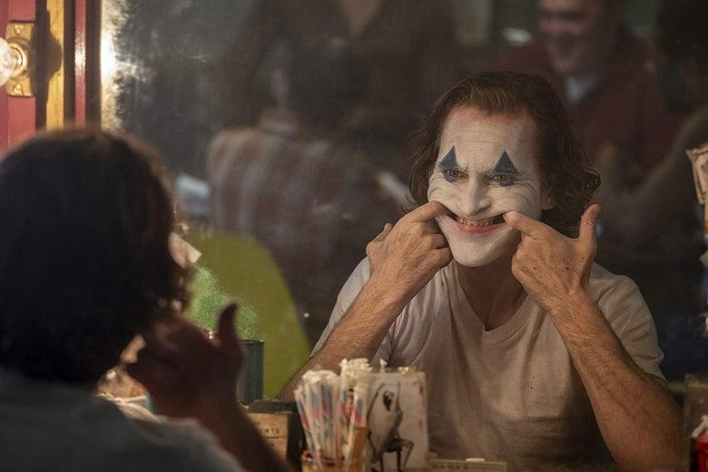 regarder dans un miroir permet de voir avec les yeux d'un autre